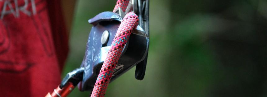 """Freios """"automáticos"""" para escalada e montanhismo"""