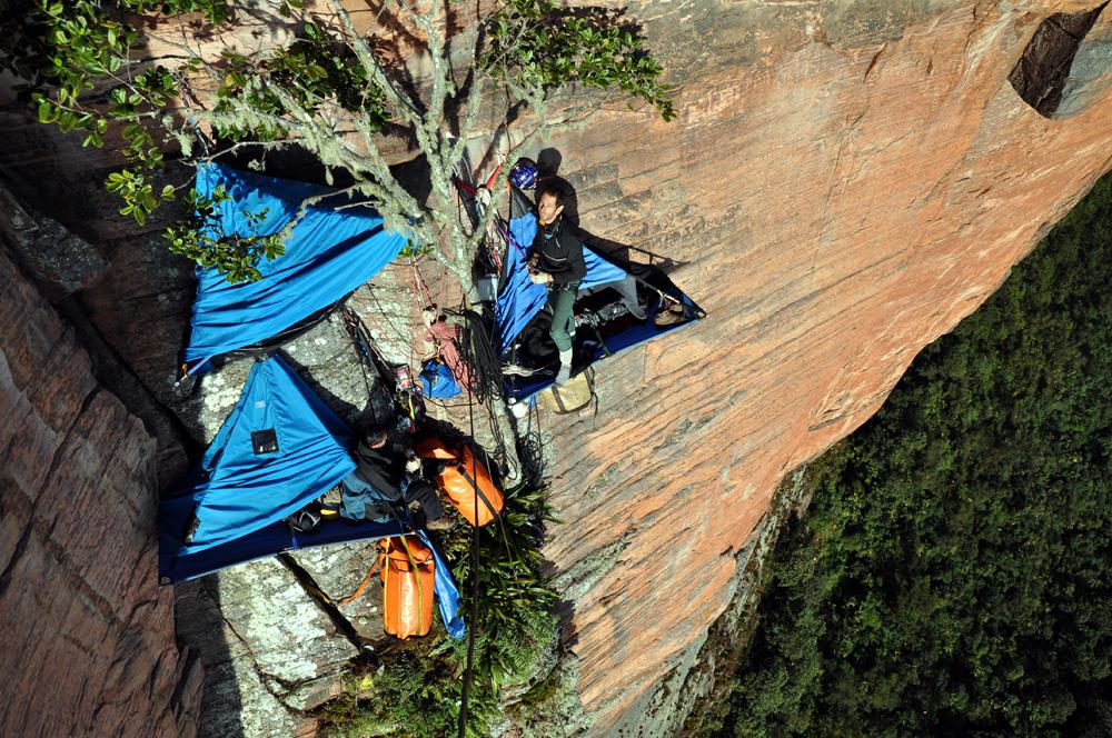 Acampamento vertical no Monte Roraima, Guiana.