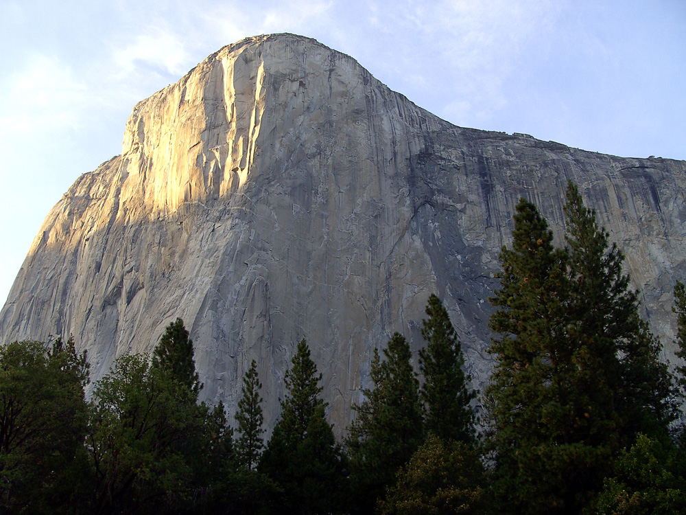 A impressionante muralha do El Capitan, Yosemite, EUA.