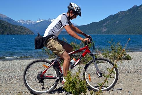 Lago Puelo: poucas trilhas permitidas para bikes