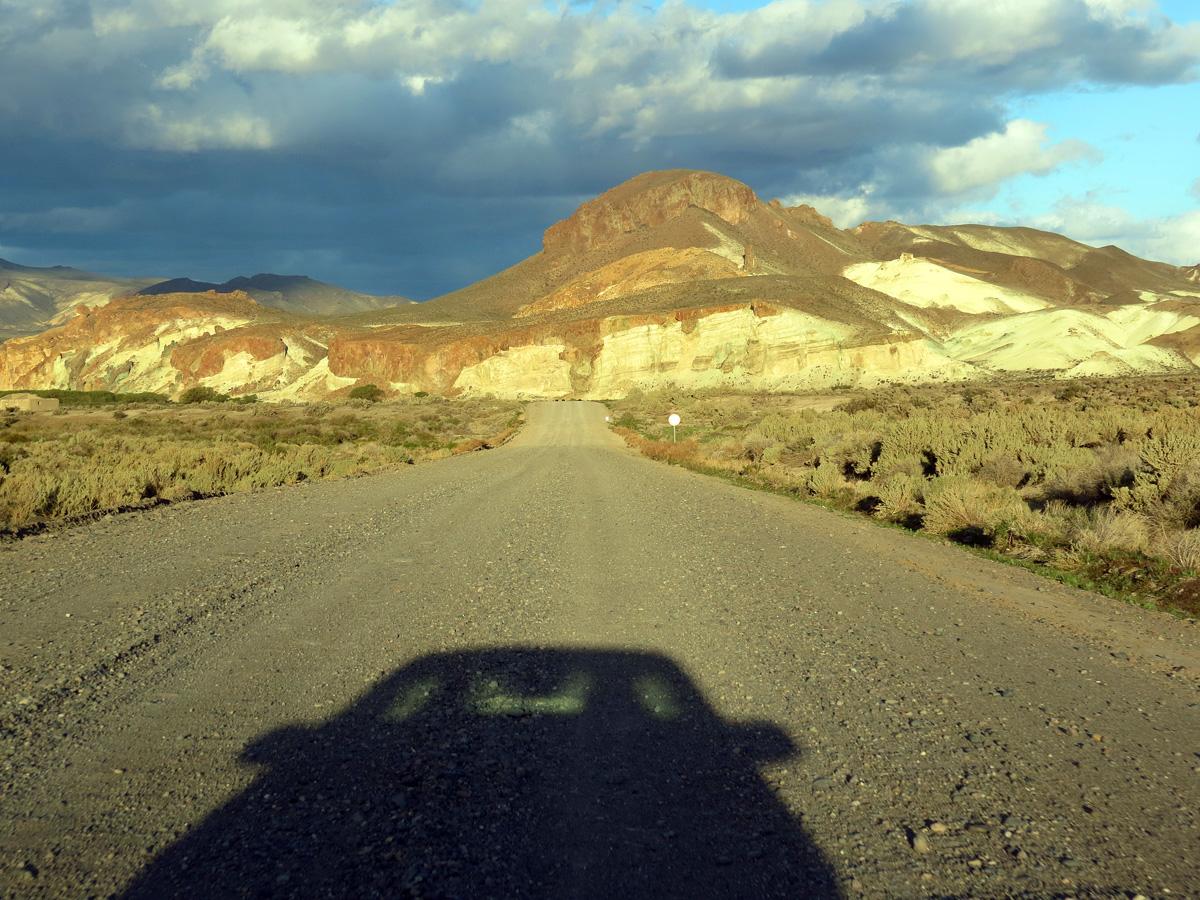 Uma longa estrada de terra até Piedra Parada.