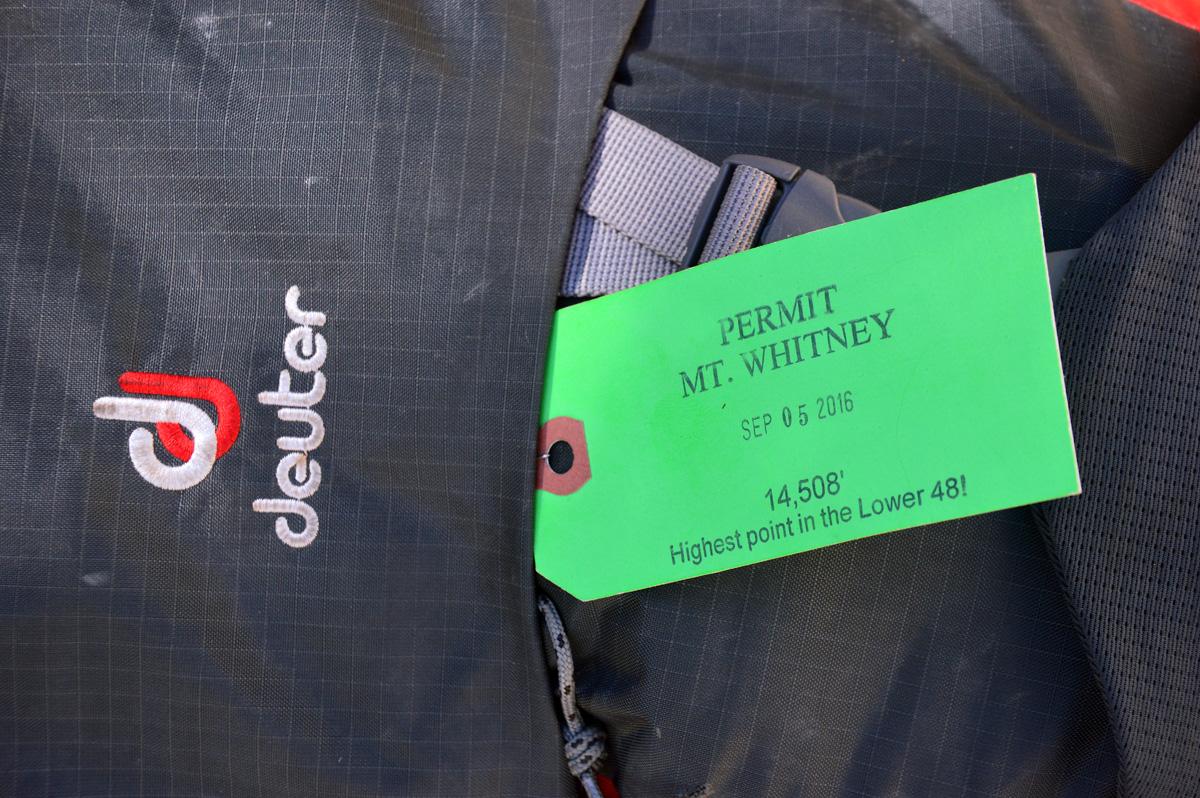 A etiqueta do wilderness permit tem que ficar afixada na mochila, e você só tem acesso à área específica.