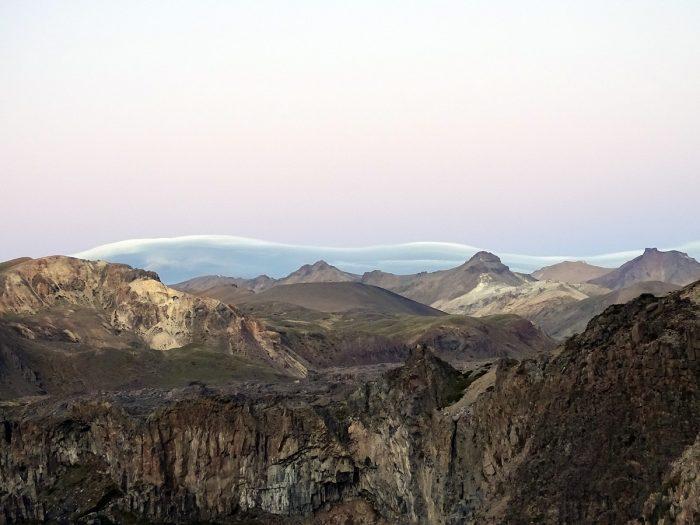 O Valle de los Cóndores, com El Salto sem água.