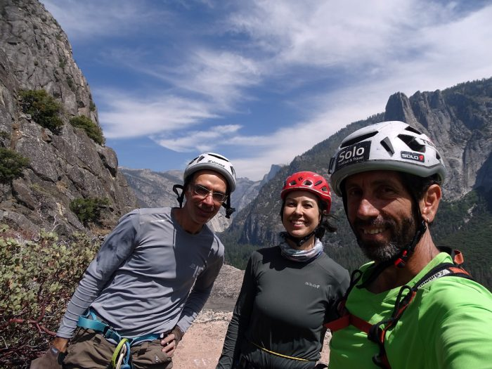 Topo! Rogério, Ana e Eliseu com o Half Dome no fundo.