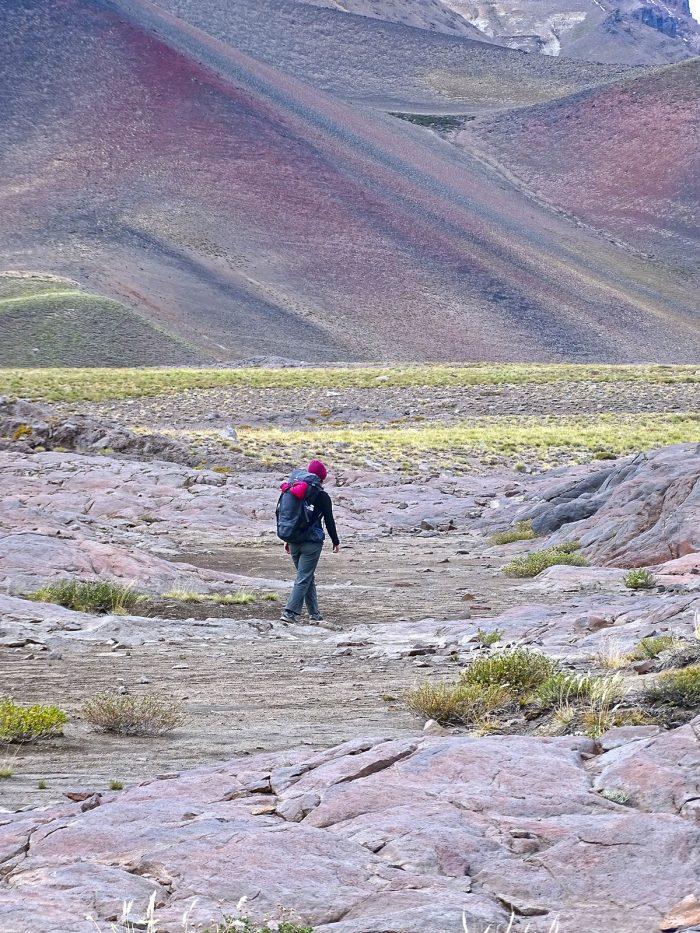 Ana e a Futura PRO 40 num rolê nos Andes chilenos.
