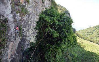 Pedra da Divisa – Respeite ou será banido.