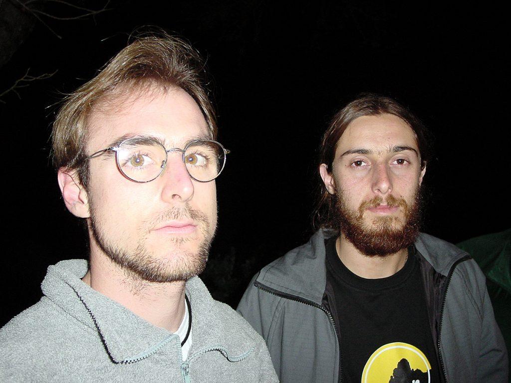 """Guilherme """"Guili"""" Zavaschi e Thiago Balen, em 2002, quando encadenaram """"Octagon"""""""